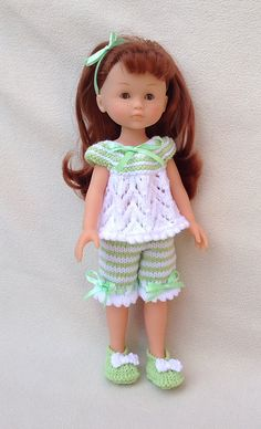 Ravelry: Pyjamas for 13 and 14 inch dolls pattern by Jacqueline Gibb