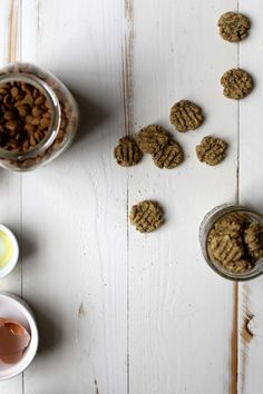Homemade Salmon and Oat Cat Treats | http://joythebaker.com/2015/02/homemade-salmon-oat-cat-treats/