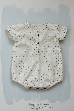 a romper suit for my baby made with the Lullaby Layette pattern by Oliver & S.
