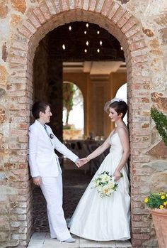 Bridal Couple Outfits For Same Sex Weddings | HappyWedd.com #PinoftheDay #bridal #couple #outfits #SameSex #wedding