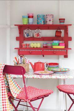 Coisinhas de cozinha coloridas! AMO!