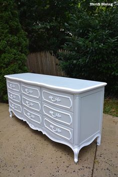 DIY Dresser Makeover French Provincial - Thrift Diving 1