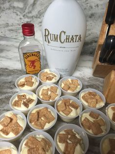Toast Crunch Pudding Shots Definitely not just for breakfast. This perfect flavor combination is great any time of day!Definitely not just for breakfast. This perfect flavor combination is great any time of day! Pudding Shot Recipes, Jello Pudding Shots, Jello Shot Recipes, Alcohol Drink Recipes, Rumchata Pudding Shots, Vanilla Pudding Shots, Fireball Jello Shots, Chocolate Pudding Shots, Fall Drinks Alcohol