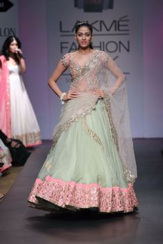 MINT AND PINK HEAVY LENGHA