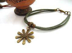 Charm bracelet cord flower