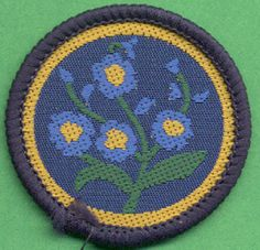 Vintage Girl Guide patrol badge - Forget Me Nots