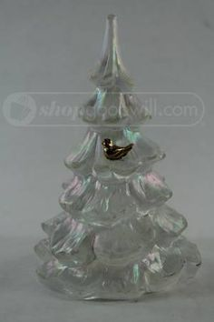 shopgoodwill.com: Glass Fenton Christmas Tree