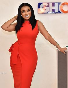 7 Reasons Why Serwaa Amihere Is The Fairest Of Them All: Casual Work Outfits - Work Outfits Women Office Outfits Women, Classy Work Outfits, Classy Dress, Stylish Outfits, Office Wear Corporate, Corporate Attire Women, Casual Office, Outfit Office, Office Style