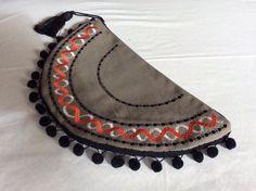 Handmade Bags, Moccasins, How To Make, Shoes, Fashion, Penny Loafers, Moda, Handmade Purses, Loafers