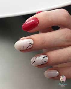 Floral Nail Art for Summer and Spring Ideas make our nails more beautiful and fresh. Especially if paired with white nail polish based that gives the impression of feminine and elegant. Gelish Nails, Nail Manicure, Shellac, Red Nails, Nail Polish, Autumn Nails, Spring Nails, Nagel Blog, Floral Nail Art