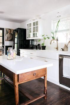 kitchen makeover with black and white color palette. / sfgirlbybay