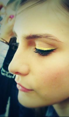 A sliver of gold liner