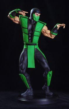 [POP CULTURE SHOCK] Ultimate Mortal Kombat 3: Reptile Klassic Statue Exclusive