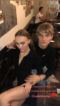 Lily Rose Depp Style, Lily Rose Melody Depp, Estilo Ivy, Eileen Kelly, Lily Depp, Private School Girl, Girls Status, Guitar Girl, Iconic Women