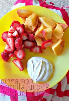 This morning I made a cinnamon vanilla fruit dip to go with my fruit. Using Greek yogurt for the base of a dip is a great way to sneak in extra protein and calcium. My dip consist of: 1 Tsp cinnamon Tsp vanilla 1 packet stevia 3 Tbsps Greek Yogurt Healthy Treats, Healthy Eating, Healthy Foods, Clean Eating, Vanilla Greek Yogurt, Vanilla Fruit, Greek Yoghurt, Stevia, Snack Recipes