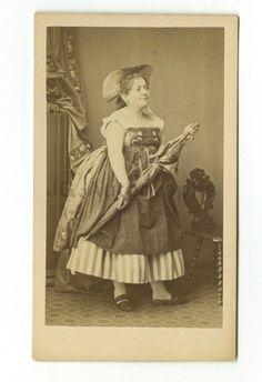 19th Century Fashion - 1800s Carte-de-visite Photograph - Ulric Grob of Paris