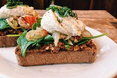 This Morning at Prasad 🌂  Terni Toast  Our house made gluten free toast with a sundried tomato pesto, spinach, peperanta, a house made cashew ricotta and fresh basil! Available until 11am . . . . . . . . #veganfood #vegan #vegangains #glutenfree #glutenfreevegan #vegan #terni #toast #cleaneats #vegangains #vegetarian #ricotta #prasad #harlow #pearl #treatyoself #love #yummy #food #foodporn