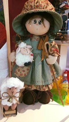 PDF cloth doll pattern Tutorial doll is 27 cm / 10 in Doll body Cloth Doll Pattern PDF Sewing Tutorial Soft Doll Pattern DIY pdf pattern Primitive Doll Patterns, Sewing Dolls, Soft Dolls, Doll Crafts, Soft Sculpture, Doll Clothes Patterns, Fabric Dolls, Handmade Art, Beautiful Dolls