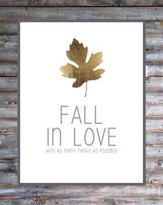 Fall in Love Printable :: brepurposed #freeprintable #fallprintable #goldleafprintable