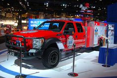 Ford F-550 EMT Rescue Truck by artistmac, via Flickr Can this be my personal vehicle? lol