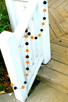 Cute Halloween Garland! But I would do a bunch of fall colors instead probably.