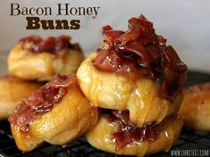 ~Bacon Honey Buns! {Oh, Bite It!}.. easy... uses 1 tube of Pillsbury Crescent Rounds
