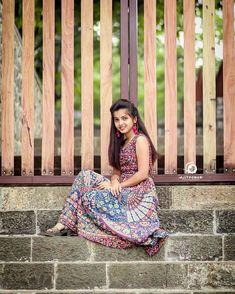 Beautiful Girl Photo, Cute Girl Photo, Beautiful Girl Indian, Beautiful Girl Image, Beautiful Indian Actress, Girl Photo Shoots, Girl Photo Poses, Girl Photos, Teen Girl Photography