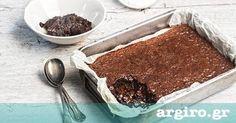 Υγρή σοκολατόπιτα από την Αργυρώ Μπαρμπαρίγου | Κανείς δεν μπορεί να αντισταθεί σε ένα κομμάτι ζουμερή σοκολατόπιτα με μια μπάλα παγωτό να την απογειώνει! Sweets Recipes, Cake Recipes, Greek Desserts, Greek Recipes, Dessert Salads, Chocolate Pies, Special Recipes, Yummy Cakes, Food To Make