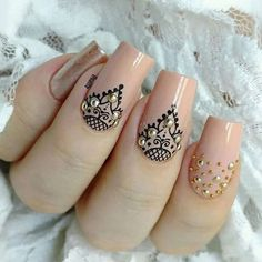and Beautiful Nail Art Designs Henna Nails, Lace Nails, Henna Nail Art, French Manicure Nails, Gel Nails, Beautiful Nail Art, Gorgeous Nails, Mandala Nails, Nail Designer