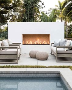 Outside Living, Outdoor Living, Modern Backyard Design, Backyard Designs, Modern Patio, Patio Design, Backyard Fireplace, Fireplace Outdoor, Backyard Pergola