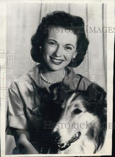 Jan Clayton as Ellen Miller