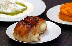 Cipolle in Crosta di Pasta Sfoglia con farcitura di Capperi, Aringa Affumicata e Ricotta Romana