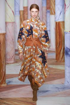 Apr 2020 - The complete Ulla Johnson Fall 2020 Ready-to-Wear fashion show now on Vogue Runway. 2020 Fashion Trends, Fashion 2020, Runway Fashion, Fashion Brands, Fashion Weeks, Vogue Paris, Autumn Winter Fashion, Fall Winter, Fall Fashion