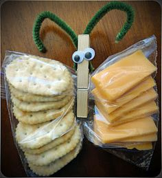 How cute & creative is this cheese and crackers idea?