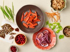 7 Ways to Food-Style Your Thanksgiving Table. Tip: Use edible garnishes to make your Thanksgiving meal look as good as it tastes.
