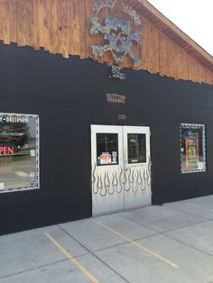 Skully's Saloon -- 333 Swinging Bridge Rd. -- Old Hickory, TN