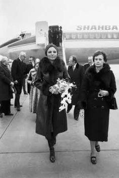 Farah Diba Pahlavi à Paris en 1976
