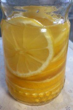 甘酸っぱいはちみつレモン*.°ビタミンCたっぷりでお肌もつるつる♪使い方は色々!今日は何に使おうかな…?