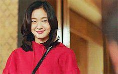 Just can't get enough of herher acting is super good. she be so kiyoo Goblin Kdrama Fanart, Goblin Korean Drama, Goblin Gong Yoo, Best Kdrama, Korean Drama Series, Yoo Gong, Kim Sun, Kim Go Eun, My Ghost