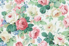 Chelsea White / Pink wallpaper by Sanderson