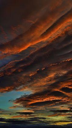 Clouds-sunset-iPhone-Wallpaper