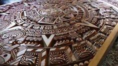 Stół drewniany, rzeźbiony - Kalendarz Majów
