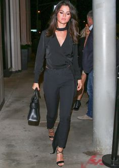 Selena Gomez looked as stylish as ever last night, heading out to dinner at Catch while wearing a chic all-black outfit.