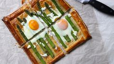 Asparagus and Egg Galette w/ Cherve. Asparagus and Egg Galette w/ Dill Goats Cheese - Spring dish for brunch lunch or dinner! Delicious Breakfast Recipes, Brunch Recipes, Asparagus Recipe, Asparagus Egg, Galette Recipe, Breakfast Lunch Dinner, Group Breakfast, Breakfast Meals, Puff Pastry Recipes