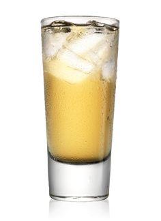 Kom is i glasset. Hæld Tullamore Dew i glasset. Top op med Ginger Ale.