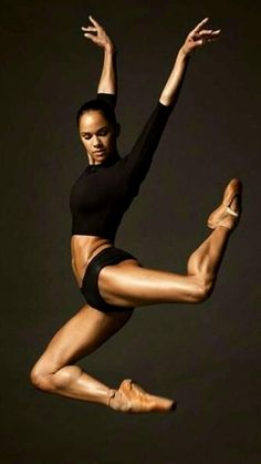 CBD female style icon so exited to hear David McAllister has invited Misty to dance The Sleeping Beauty in November this year Misty Copeland, Dance Photography Poses, Dance Poses, Dancers Body, Ballet Dancers, Ballerinas, Ballerina Body, Foto Sport, Black Dancers