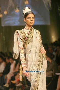 Vikram Phadnis sari (LIFW 2012)... interesting