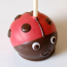 Lady bug cake pops! Exactly what I was looking for! So adorable!