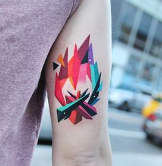Polygon Campfire by polyc_sj, artist and owner at Robin Egg Tattoo Studio in Seoul, South Korea. Back Tattoos, Small Tattoos, Girl Tattoos, Chest Tattoo, Arm Tattoo, Leo Constellation Tattoo, Owl Wings, History Tattoos, Polygon Art