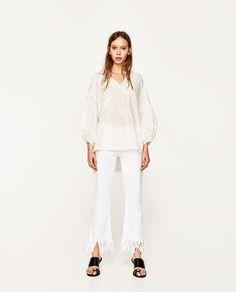 ZARA - FEMME - BLOUSE BRODÉE Zara Tops, Maternity Shops, My Shopping List, Zara Fashion, Embroidered Blouse, Zara Women, Casual Looks, Women Wear, Normcore